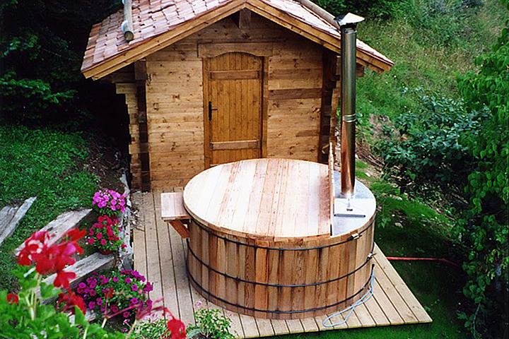 Маленькая баня на даче своими руками фото