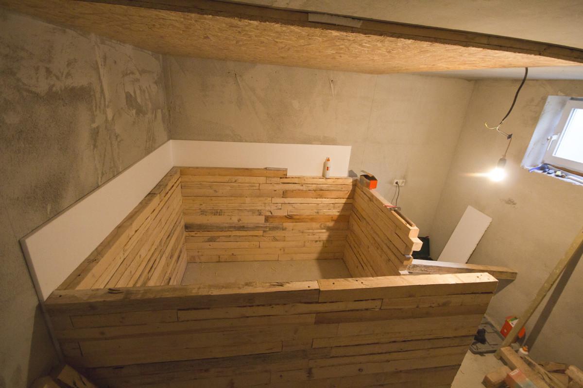 Баня в подвале частного дома
