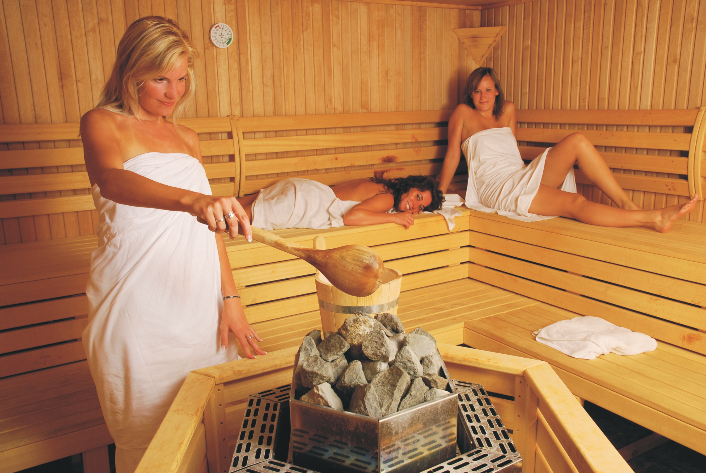 Высокая температура после бани. простуда и температура: можно ли в баню? можно ли ходить в баню с температурой