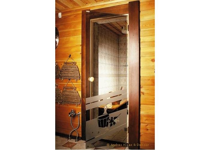 Русская парная: стеклянные двери для бани – стоит ставить или нет?