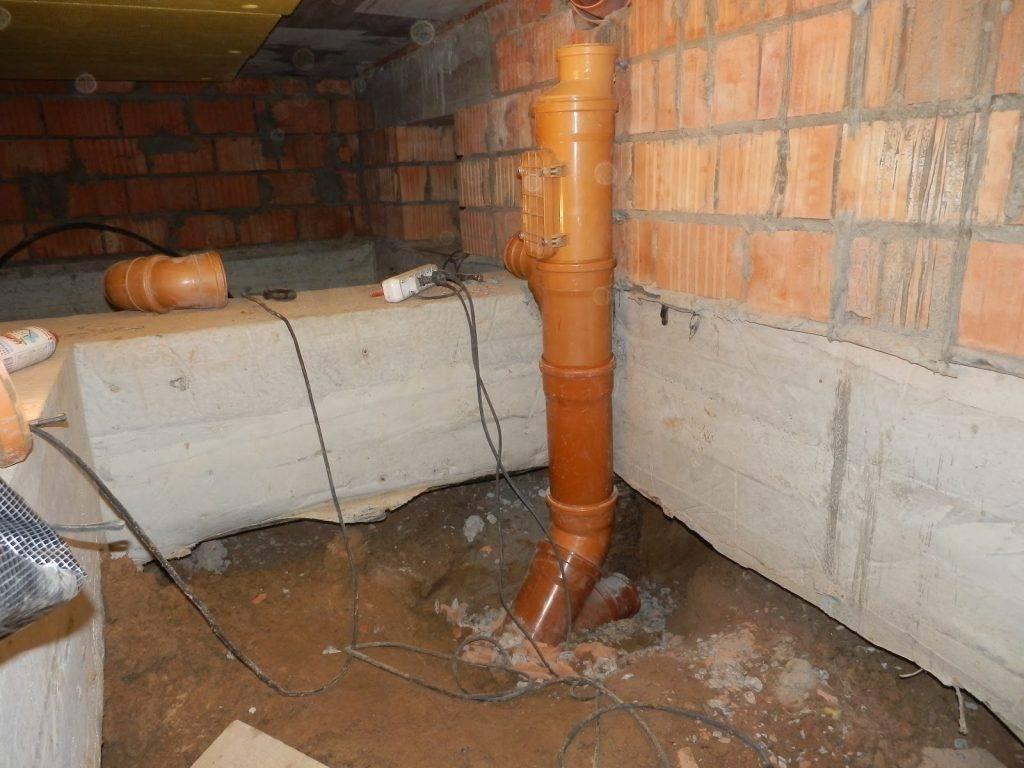 Как сделать канализацию в бане, что необходимо предусмотреть