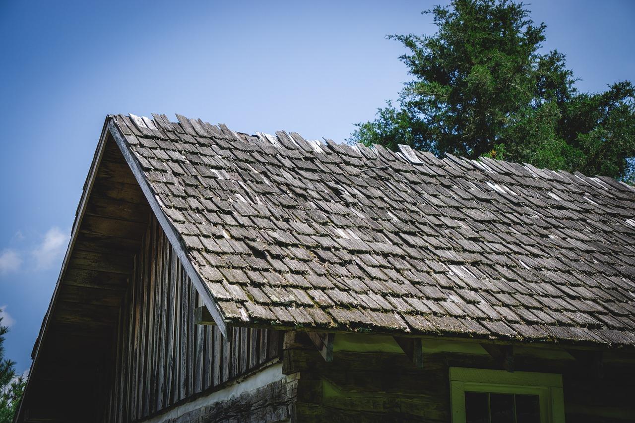 Как правильно пишется тесовая крыша