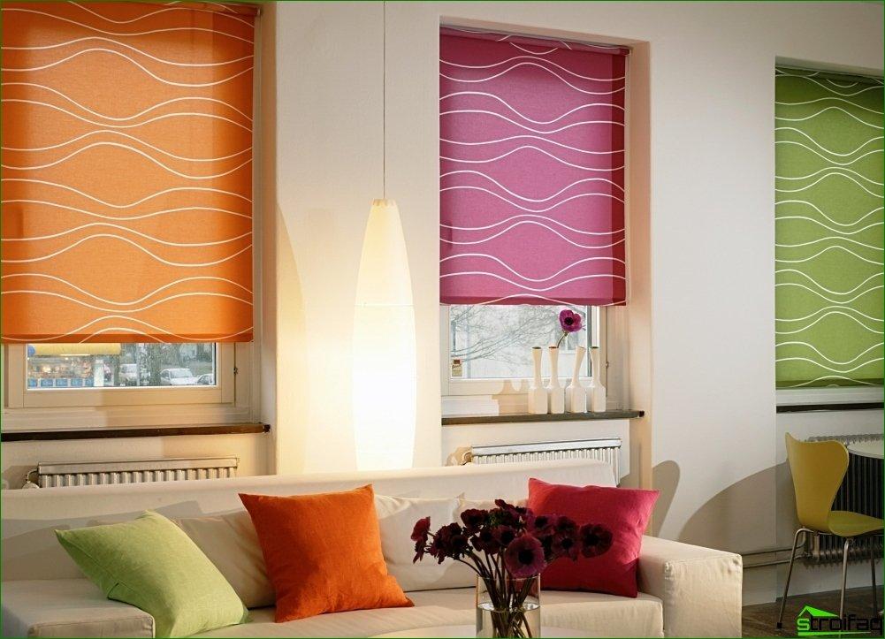Рулонные шторы на кухню: интересные идеи с фото
