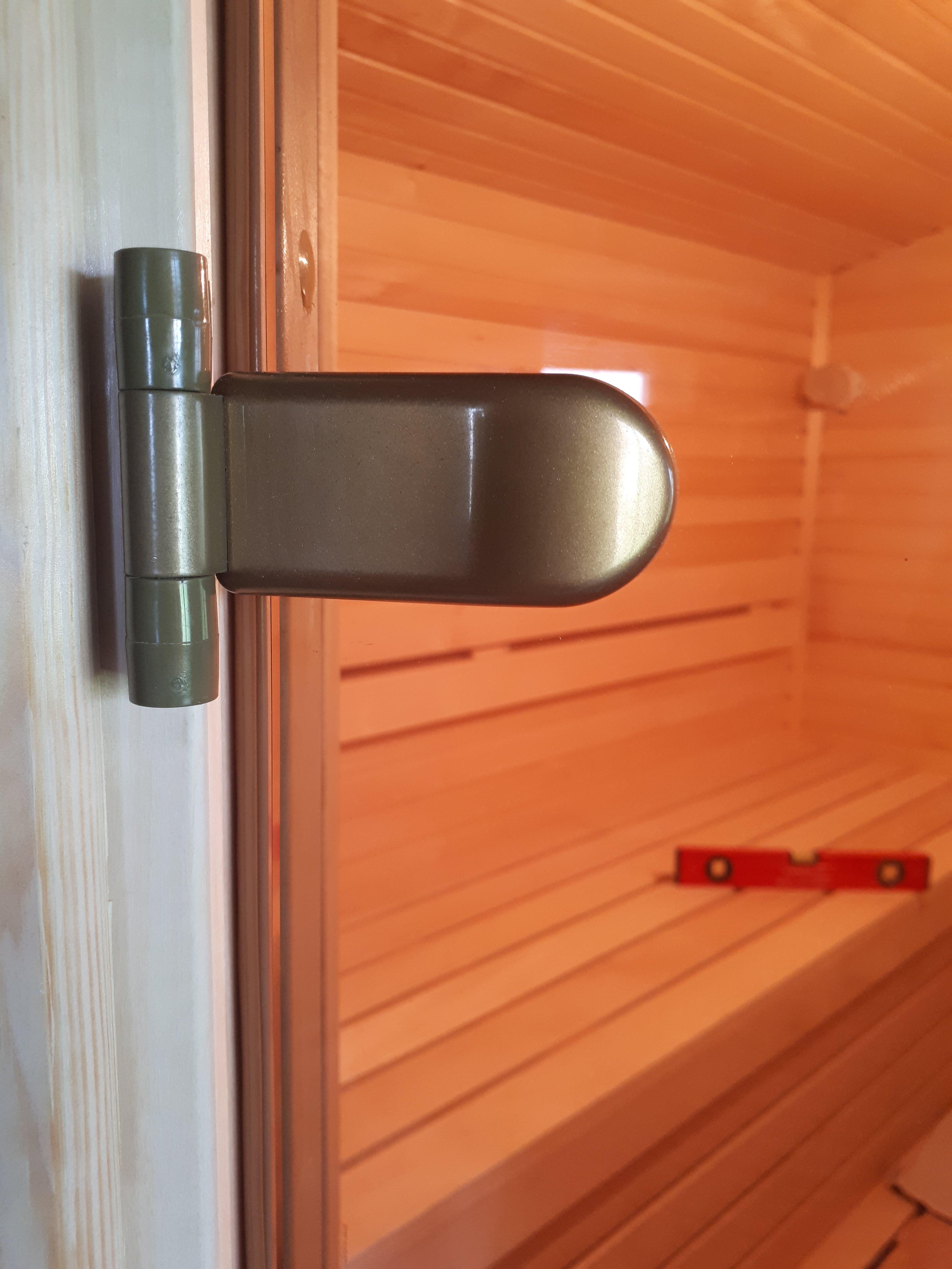 Виды стеклянных дверей для сауны, их размеры, фурнитура, дизайн и способы монтажа
