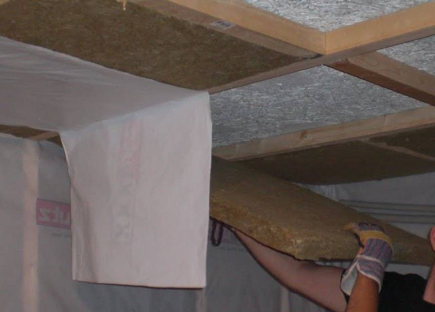 Особенности утеплителей для потолка