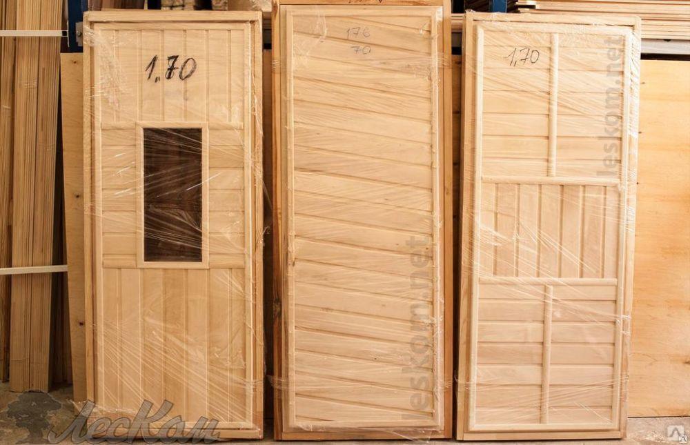 Двери для бани из липы: деревянная в парную