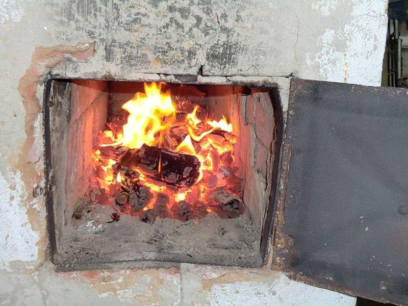 Воспламенение сажи в дымоходах из нержавейки: причины и последствия
