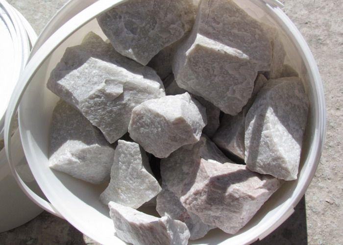 Какие камни лучше для бани? обзор кандидатов по всем критериям, отзывы парильщиков и народный рейтинг