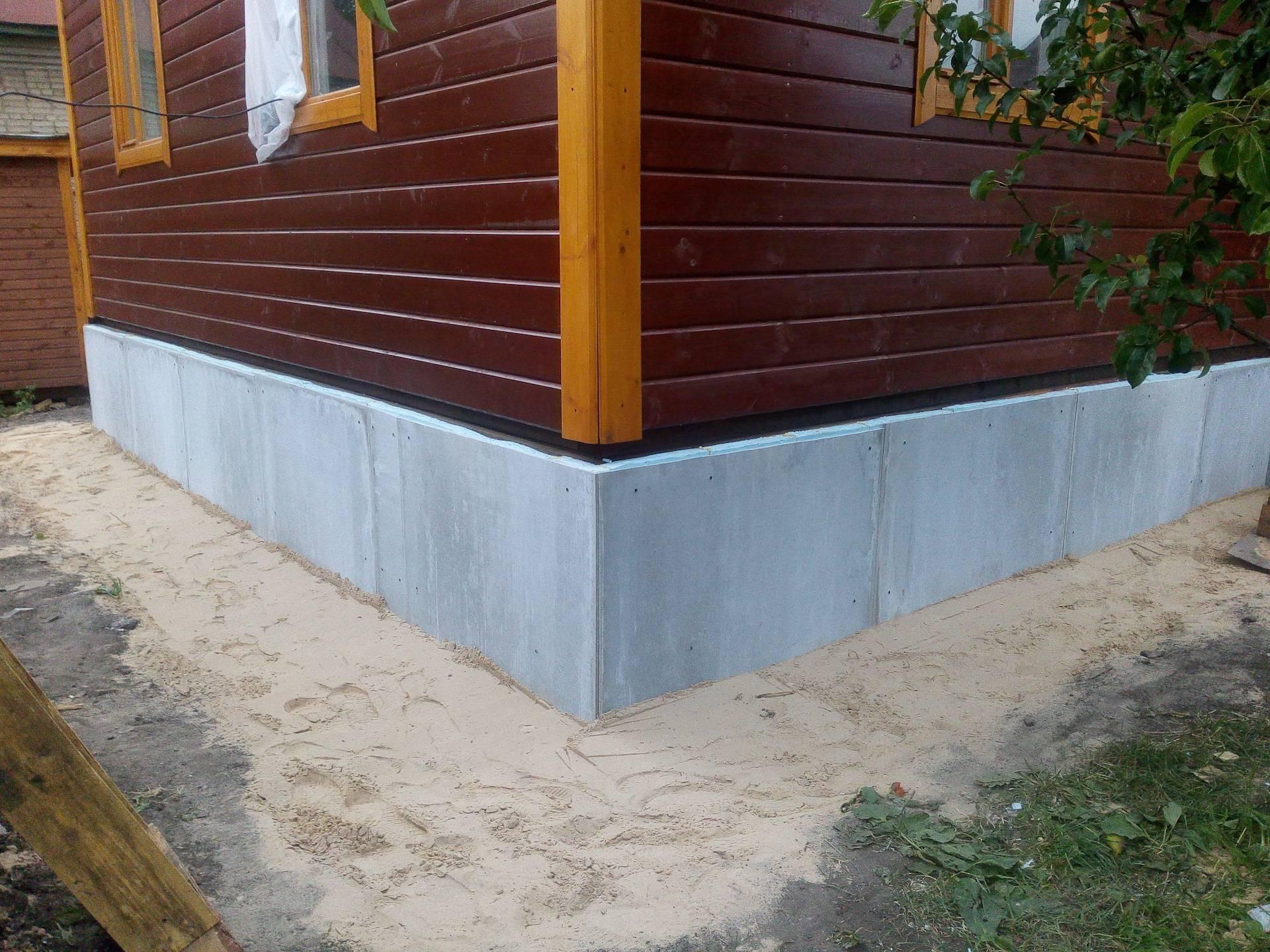 Отделка цоколя дома на свайно-винтовом фундаменте - варианты