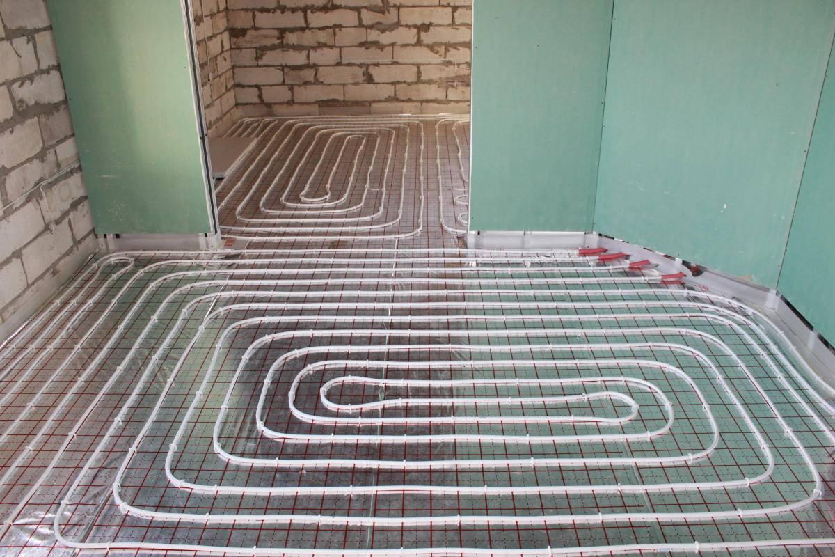 Покрытие для теплого пола: какое лучше для водяного, что положить, плитка в доме, как выбрать пвх