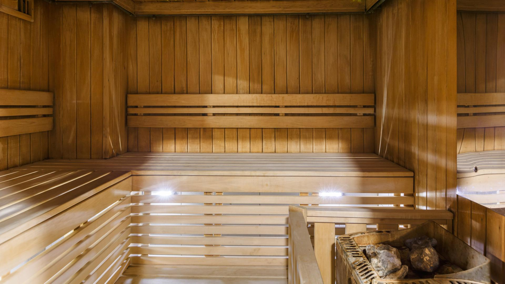 Баня по финской технологии: разбираем отличие финской бани от русской