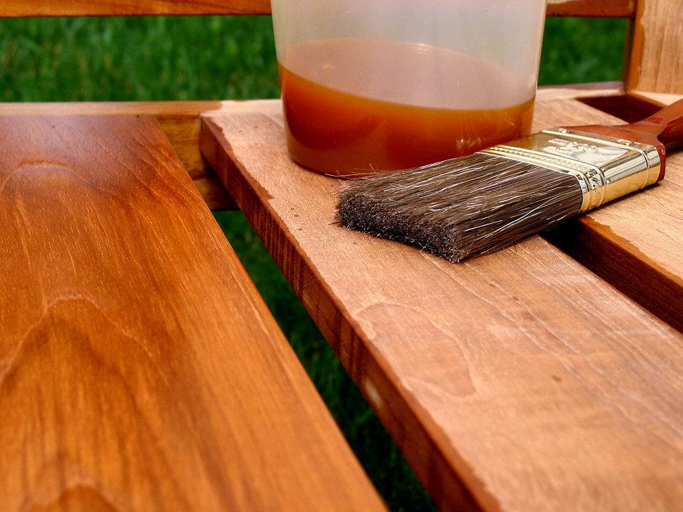 Обработка деревянного пола: пропитка, антисептик и чем лучше покрыть в детской