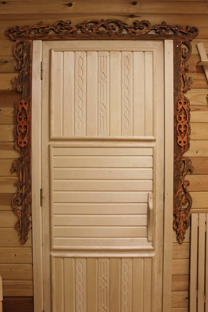 Деревянные двери для бани (24 фото): входные двери с окном из массива дуба, размеры конструкций из дерева