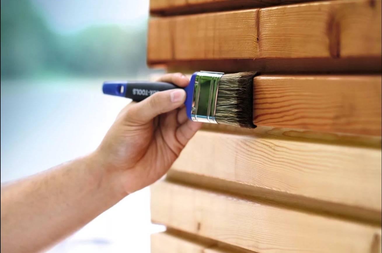 Акриловая краска для дерева для наружных и внутренних работ: как выбрать, состав и варианты использования
