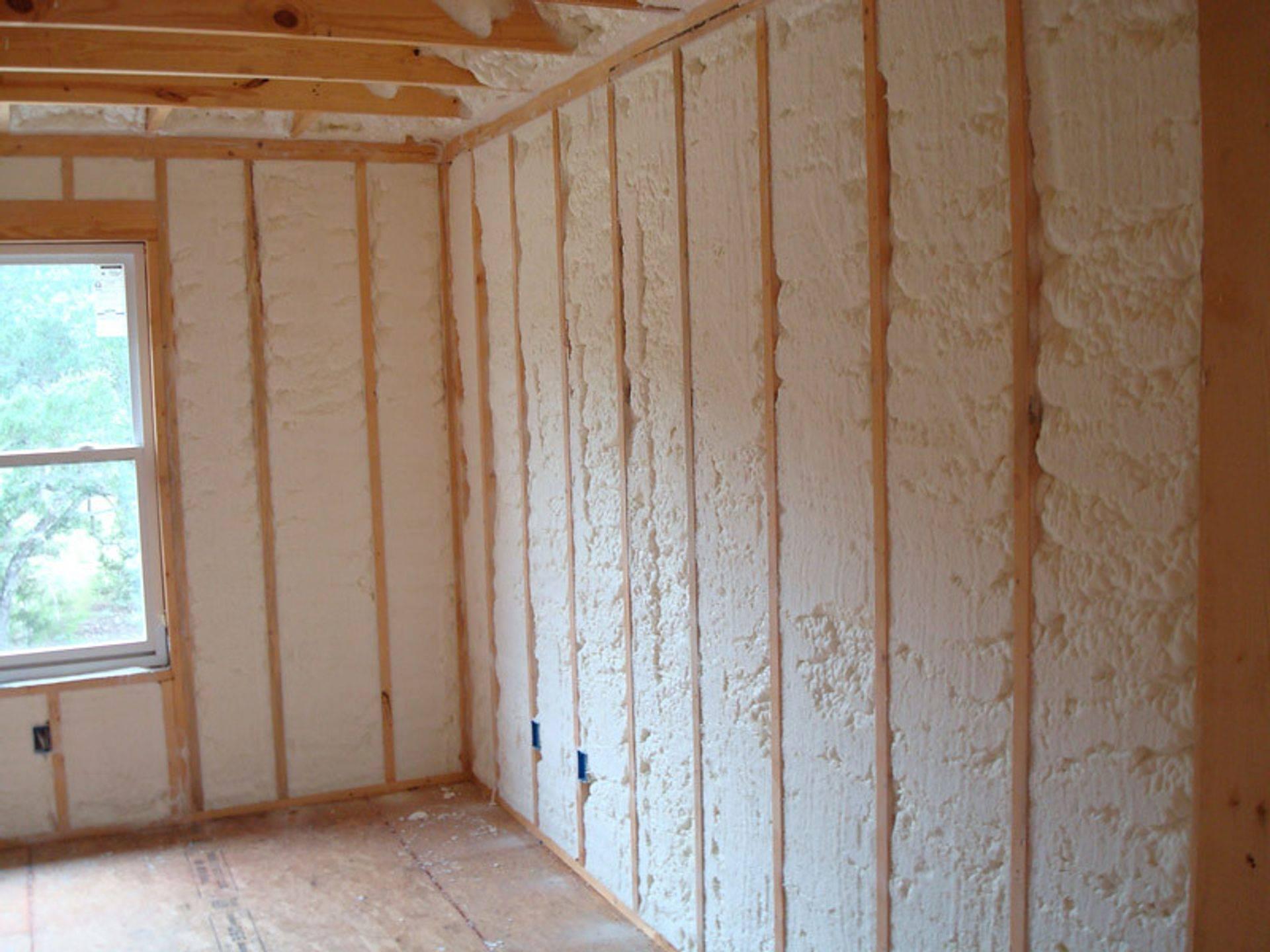 Утеплители для стен внутри квартиры: разновидности и правила выбора