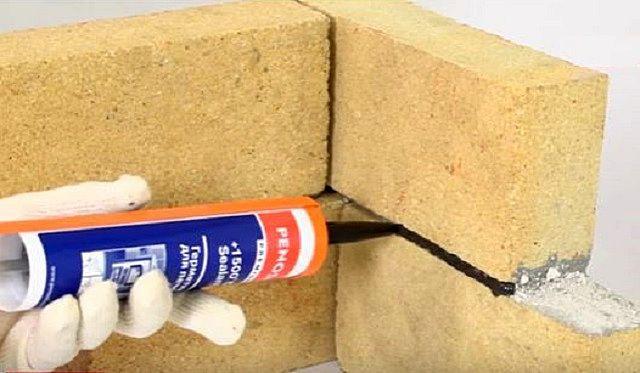 Чем замазать трещины на печке из кирпича: глина, клей, затирка