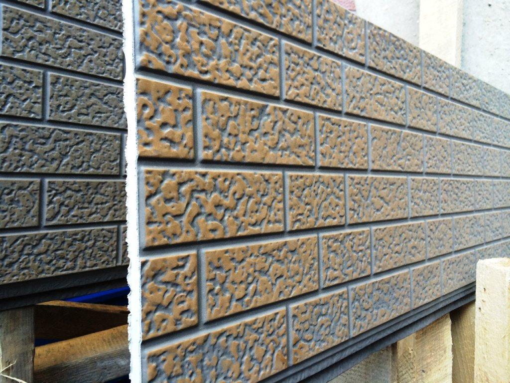 Фасадные панели для наружной отделки дома: виды и монтаж своими руками