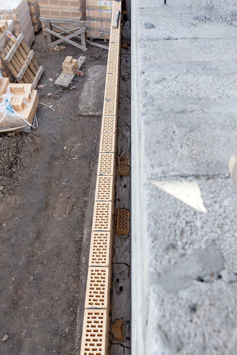 Теплоизоляционные засыпки из перлита применение перлитового песока в теплоизоляционных засыпках стен, полов, потолков зданий. использование перлитового песка позволяет уменьшить толщину теплоизоляцион