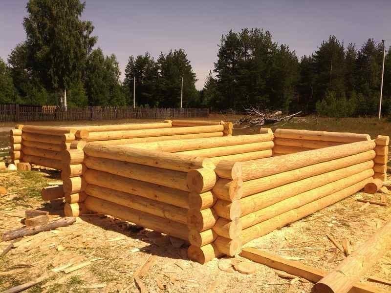 Как построить рубленую баню своими руками