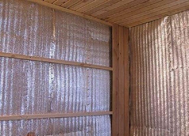О недостатках фольгированного утеплителя для бани