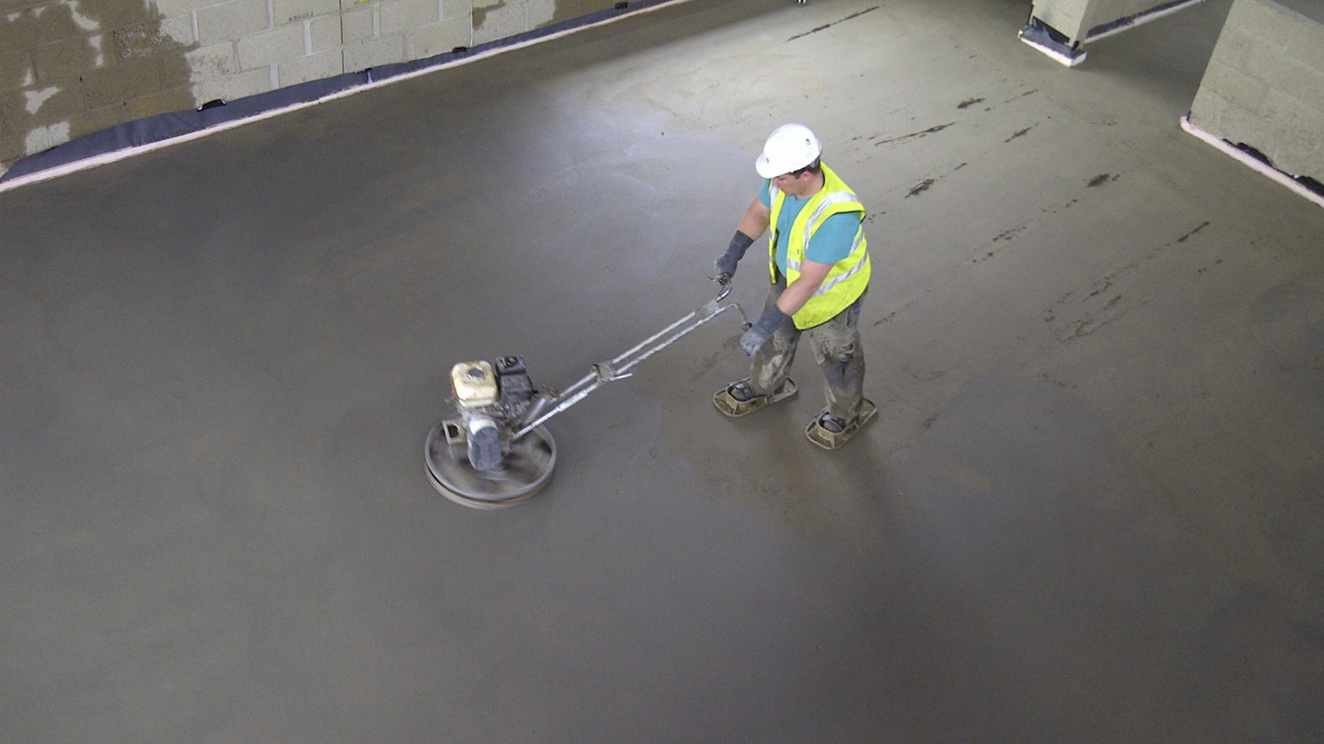 Зачем нужна и что собой представляет технология железнения бетонных поверхностей