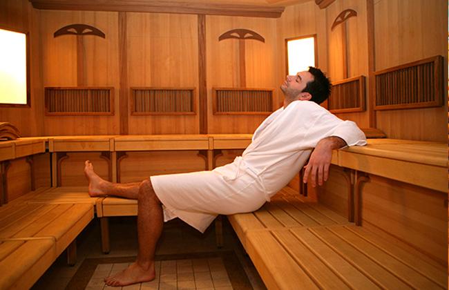 Посещение бани при аденоме и простатите: как греть и можно ли парить?