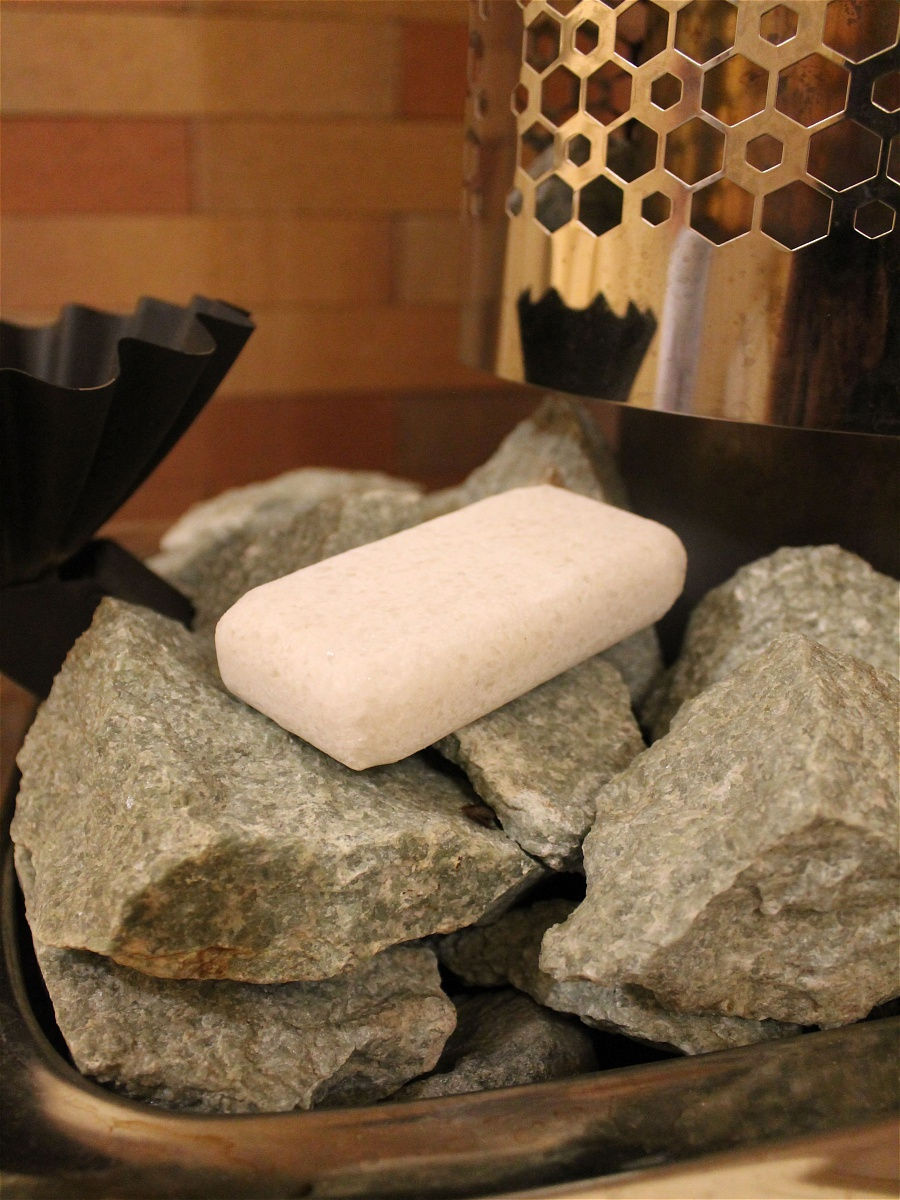 Соляной камень для бани: как использовать