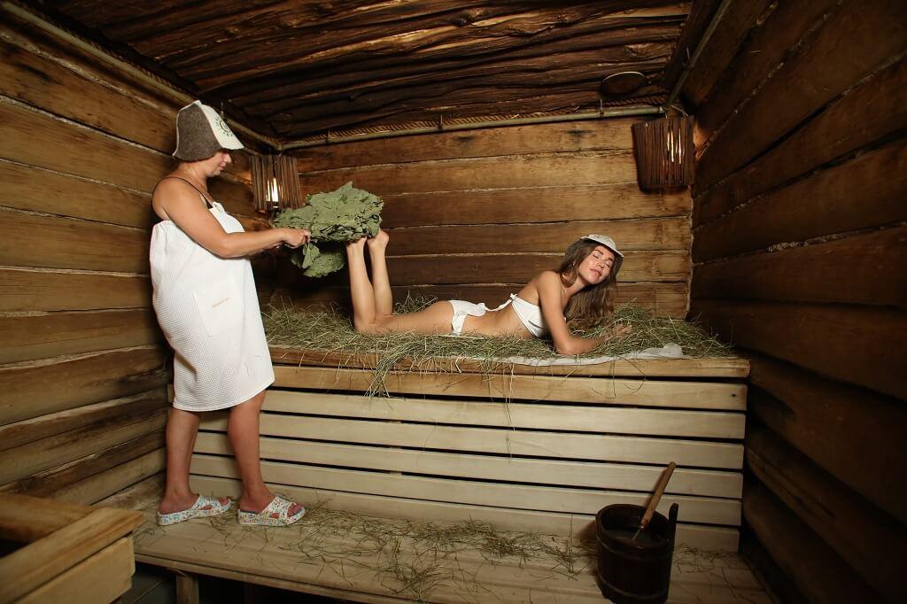 Чем полезна баня для женщины?