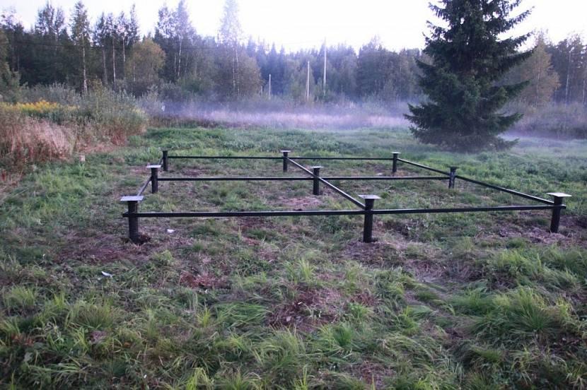 Баня на сваях: фундамент для бани на винтовых сваях своими руками, утепление на свайном фундаменте, как утеплить пол