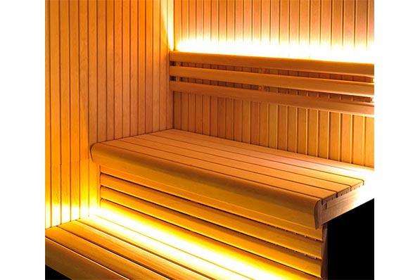 Как осветить баню светодиодами, оптоволокном, беспроводными светильниками: плюсы, минусы, советы