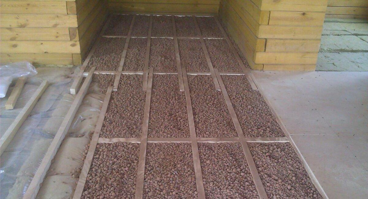 Как утеплить потолок в бане керамзитом