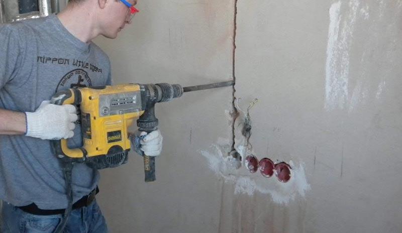 Как штробить стены под электропроводку: правила, разметка, обзор инструментов, типы поверхностей