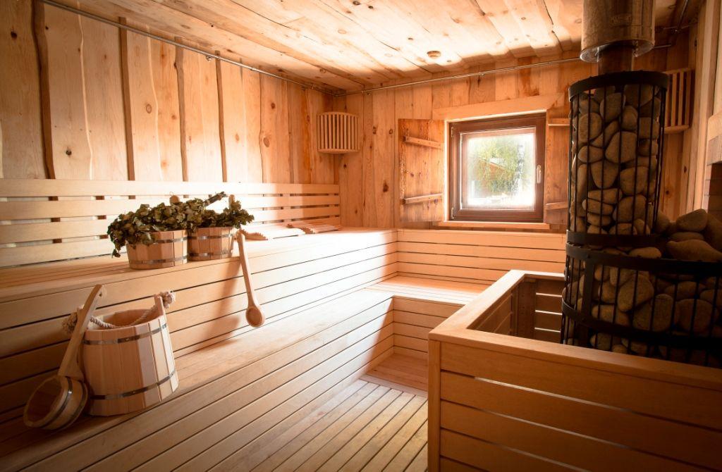 Что лучше русская баня или финская сауна