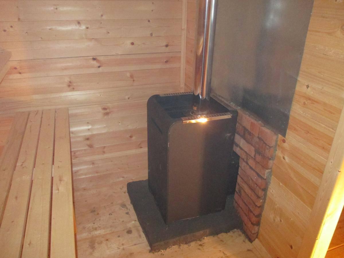 Установка печи в бане: как сделать это правильно, монтаж металлической печи своими руками, установка котла