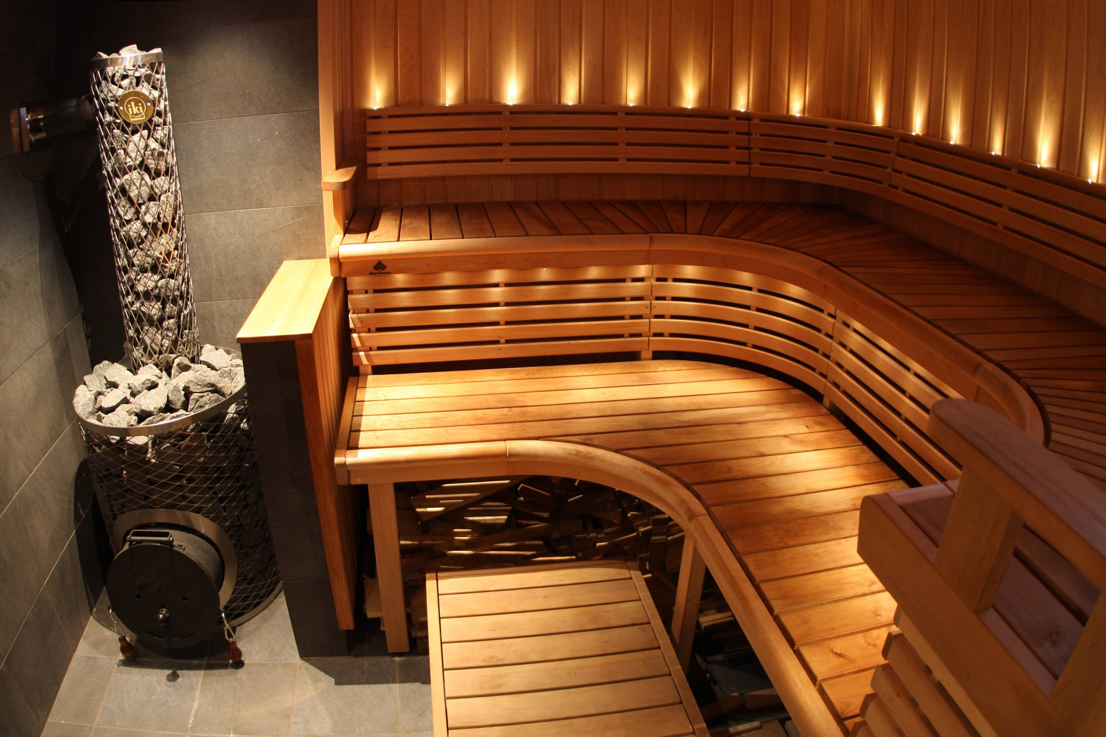 Финская баня (56 фото): что это такое, проекты и печи в парную, баня-бочка из бруса своими руками и финская парилка