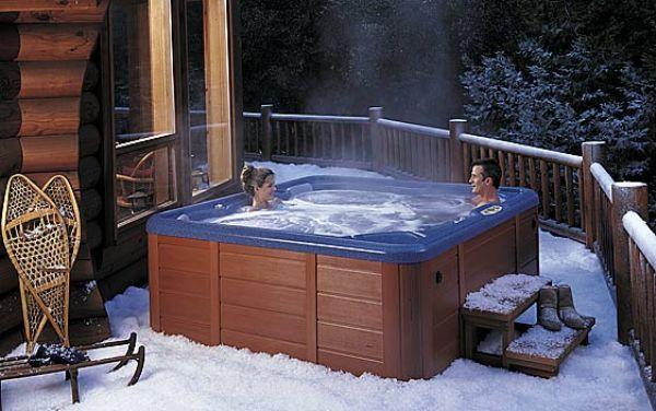 Открытый бассейн зимой – подготовка и эксплуатация
