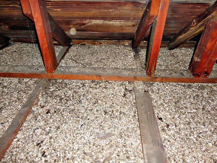 Как утеплить потолок опилками, опилкобетон для утепления потолка