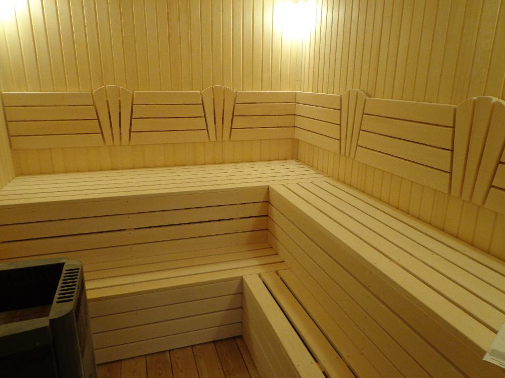 Как сделать полки в бане своими руками: выбор материала, размеры, пошаговое руководство