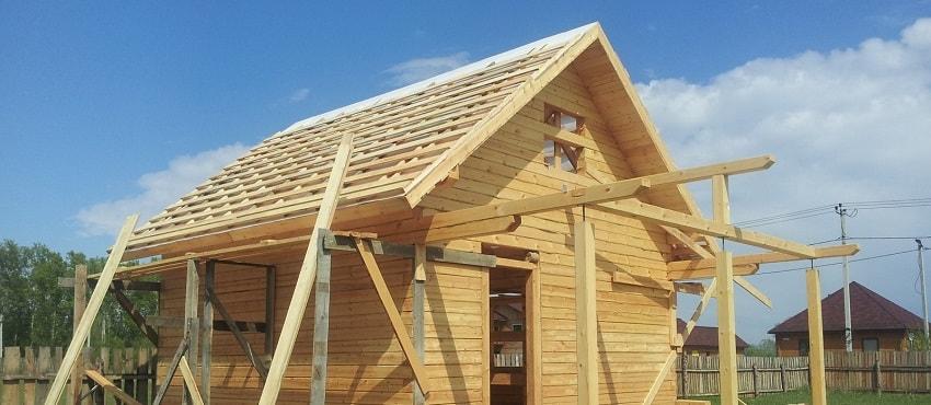 Крыша бани своими руками – пошаговое строительство односкатного и двускатного вариантов