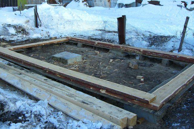 Баня из шпал: строим парилку из дешевого сырья