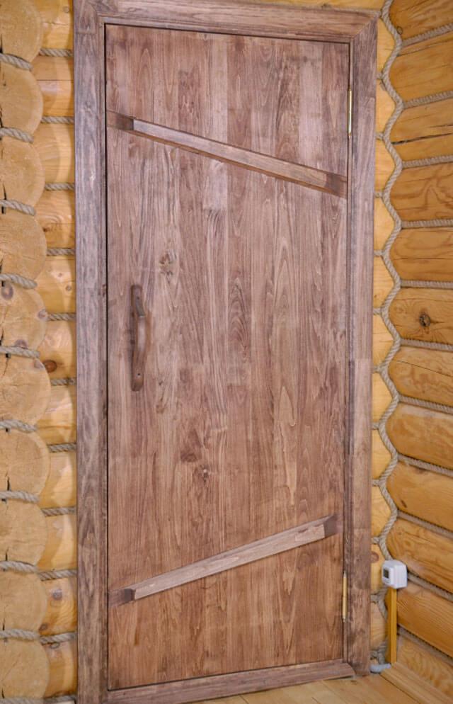 Какие двери выбрать для бани?