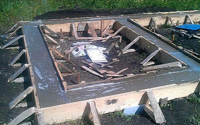 Фундамент для бани со сливом
