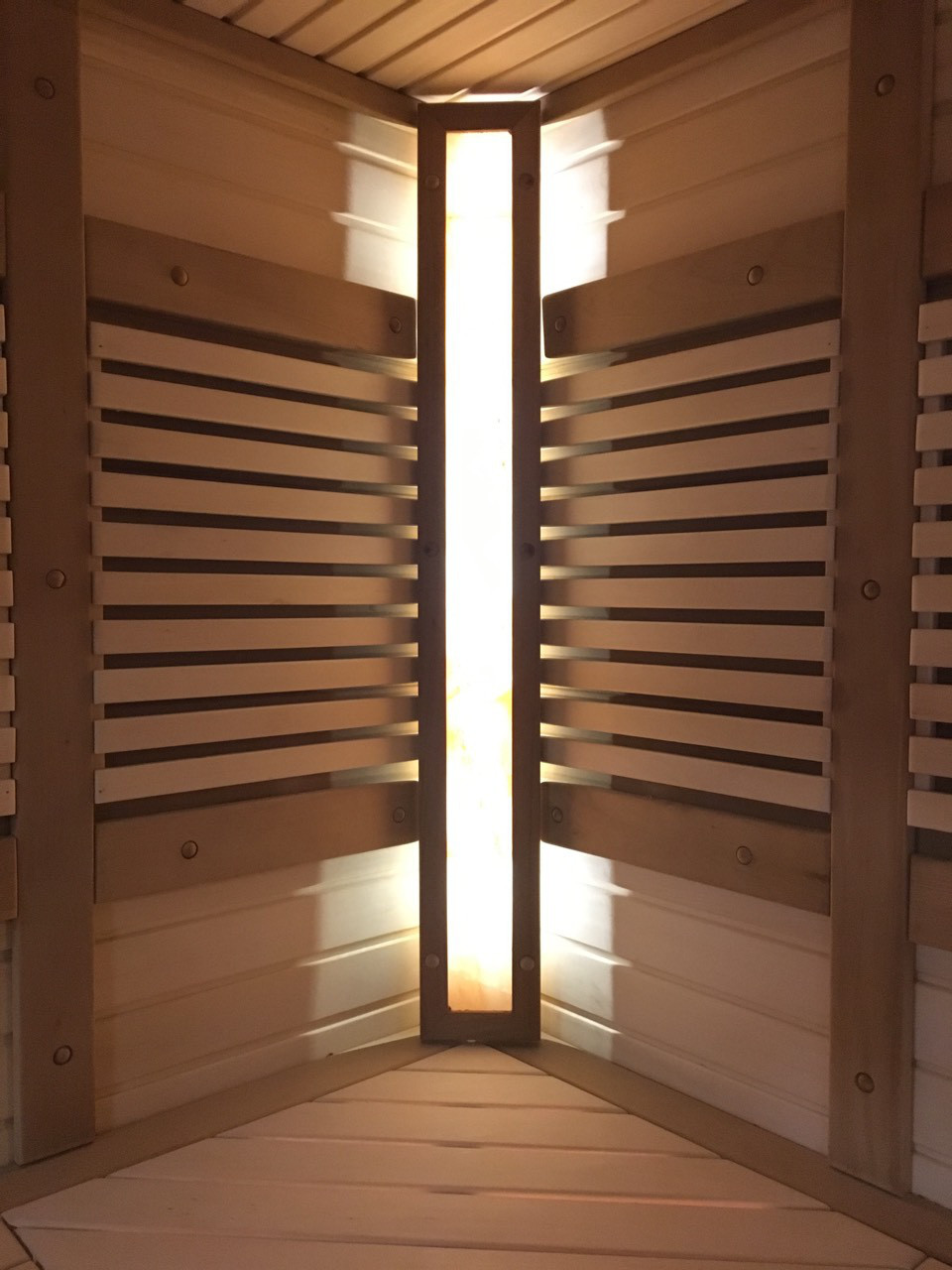 Светильник для бани: обзор, характеристики, популярные модели