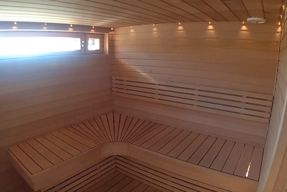 Чем обработать баню из бруса внутри и снаружи - лучшие средства
