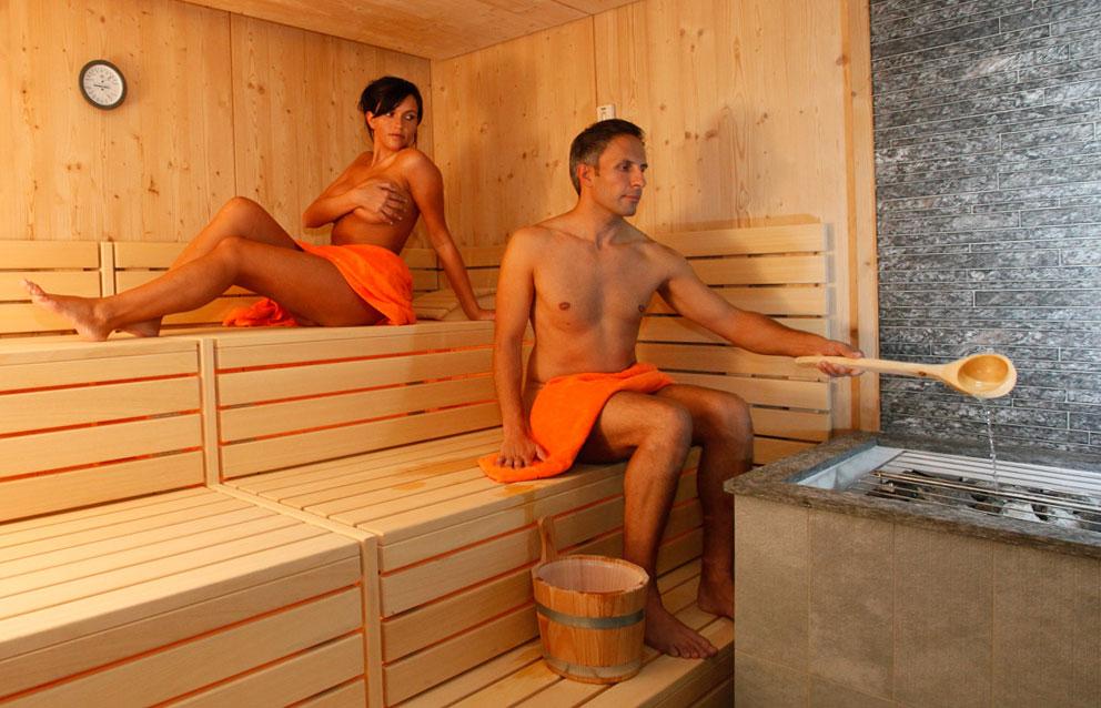 Можно с наращенными ресницами ходить в баню? можно ли мыться и париться в сауне? какие есть ограничения после наращивания ресниц?