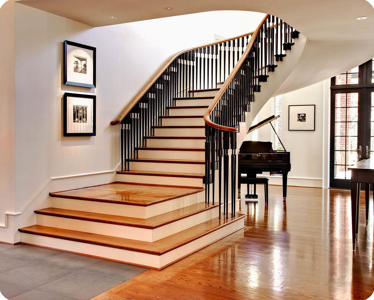 Лестницы из дерева на второй этаж в частном доме + 75 фото