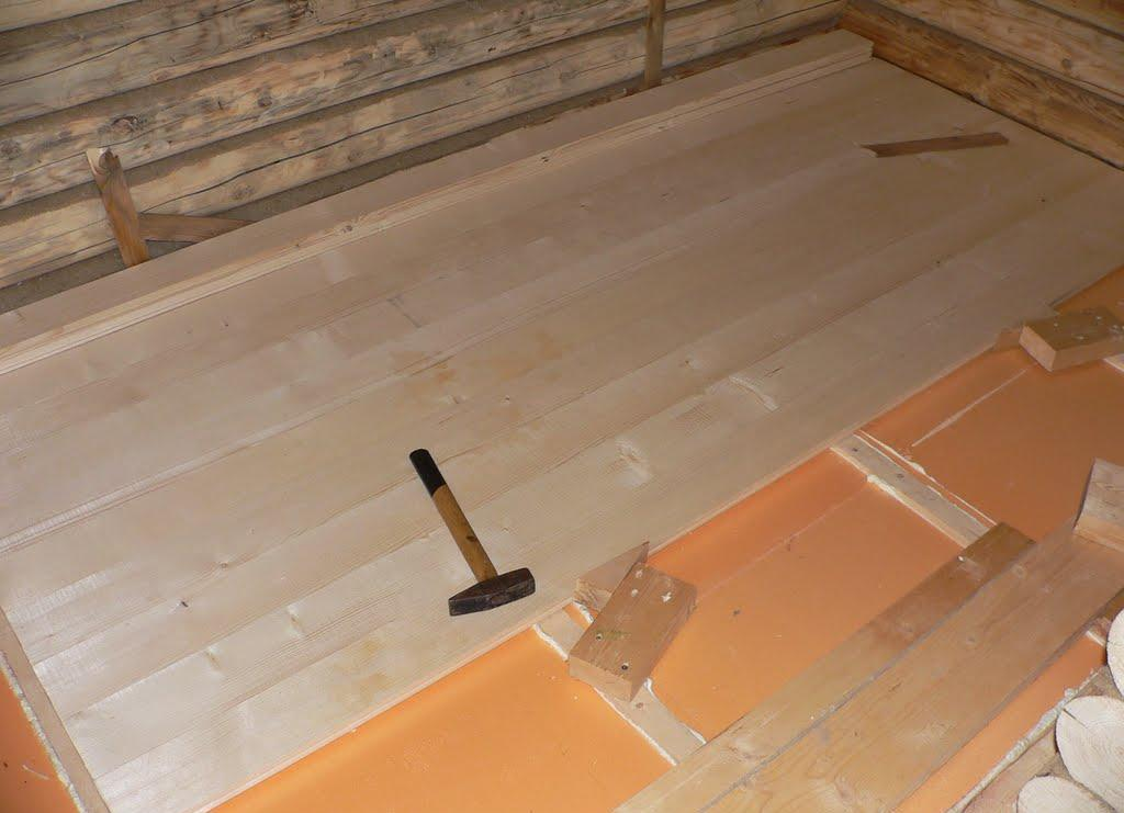 Утепление пола в бане своими руками: бетонный, деревянный или с прослойкой, советы по выбору материалов, инструкции с фото
