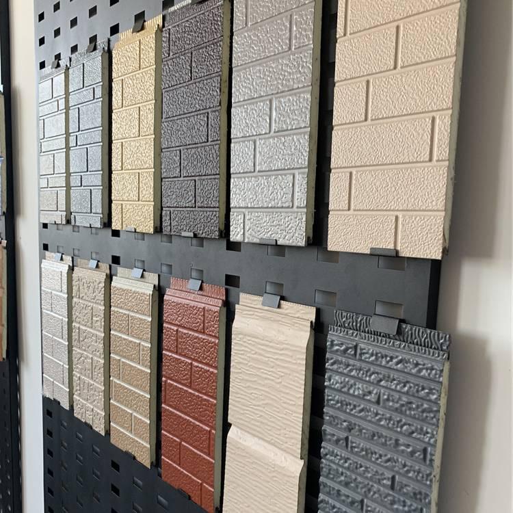 Металлические фасадные панели для наружной отделки дома - утепленные