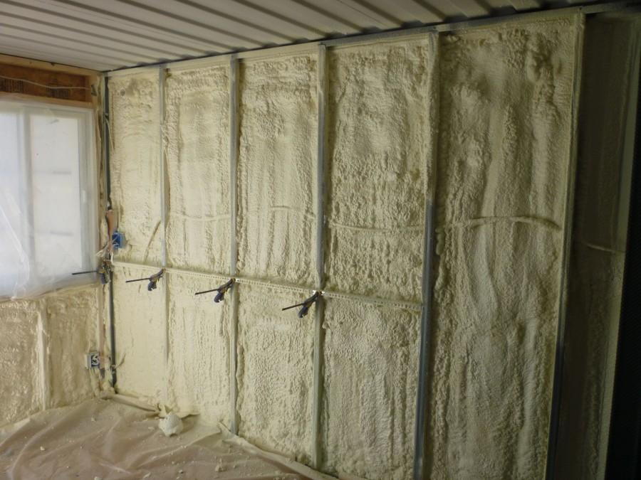 Обзор жидких утеплителей для стен: характеристики, плюсы и минусы