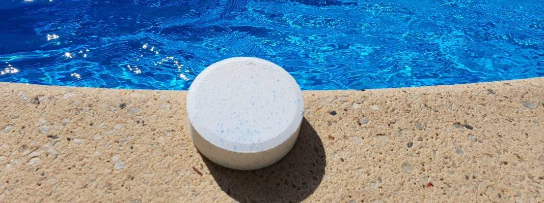 Как ухаживать за каркасным бассейном в домашних условиях, что нужно для обслуживания резервуара на даче и как правильно очищать воду в водоеме на улице